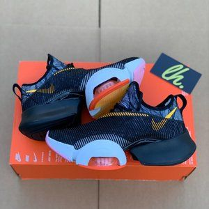 Sz 5 Nike Women's Air Zoom SuperRep